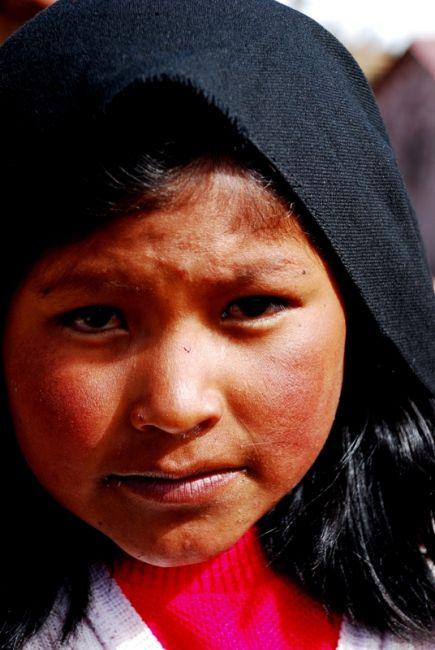 Zdjęcia: wyspa Taquile,  jezioro Titicaca, Indianka Keczua. Wyspa Taquile, Peru. Wrzesień 2009, PERU
