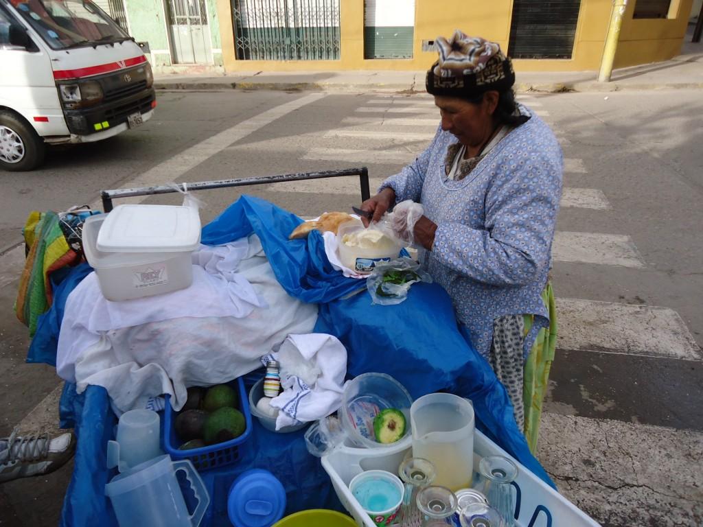 Zdjęcia: Puno, Puno, Przygotowanie posiłku, PERU