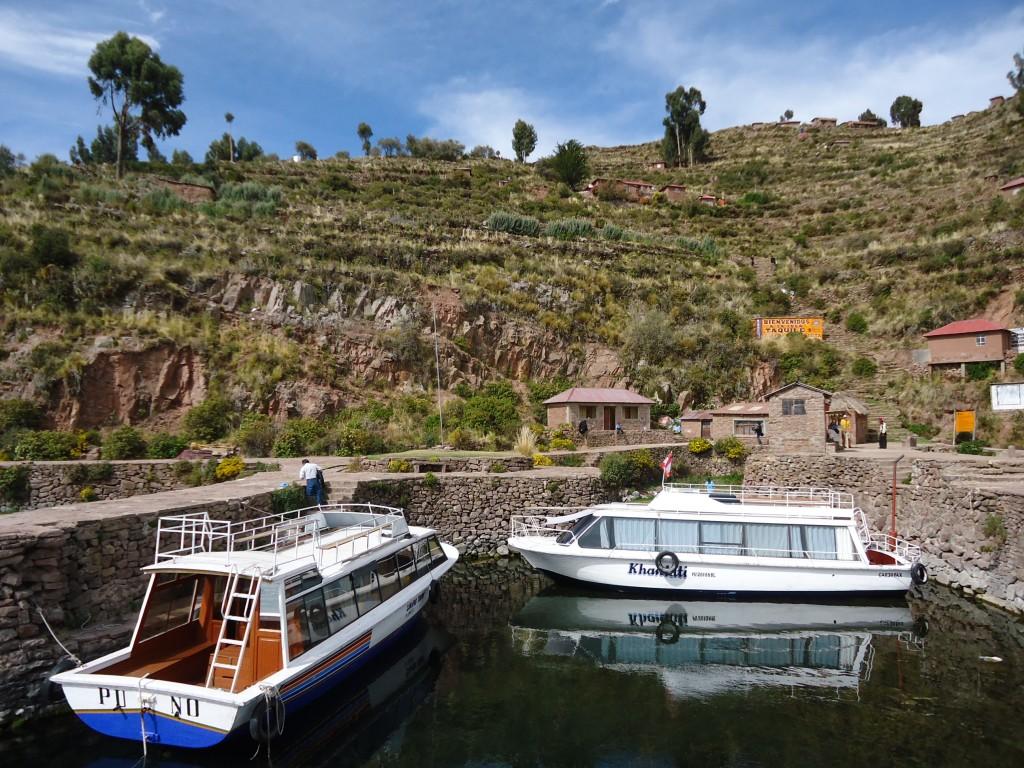Zdjęcia: Wyspa Taquile (Titikaka), Puno, W porcie, PERU