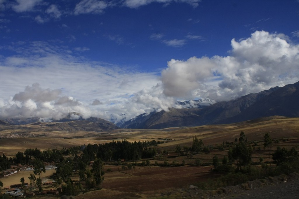 Zdjęcia: Droga do Aquas Calientes, Cusco, Peruwiańskie niebo   KONKURS, PERU