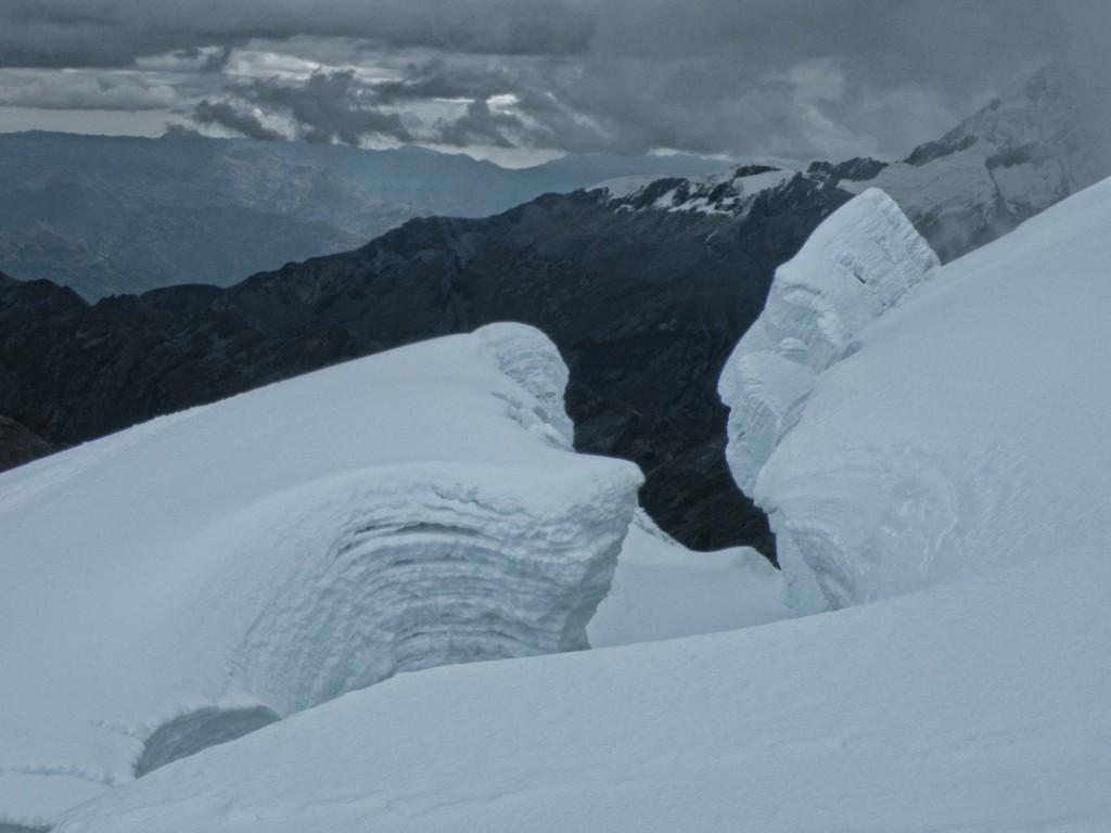 Zdjęcia: Cordillera Blanca , Huaraz, Co widzisz na tym zdjęciu. Zejście ze szczytu Tocllaraju, PERU