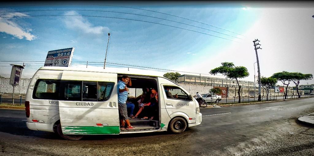 Zdjęcia: lima, Lima, El cobrador w akcji, PERU