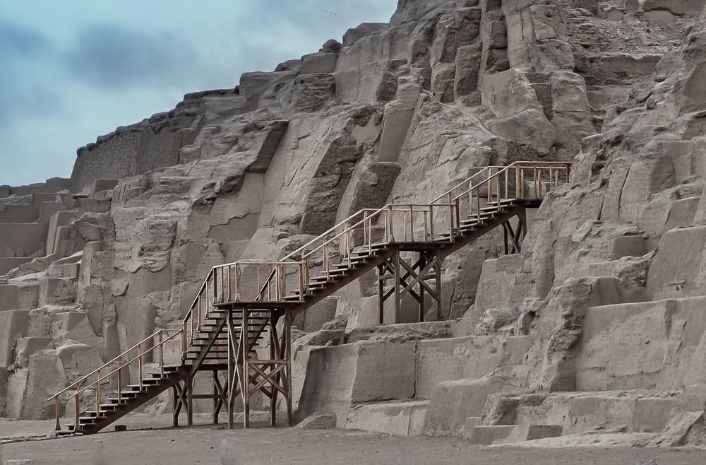 Zdjęcia: Lima, Lima, schody na piramidę, PERU