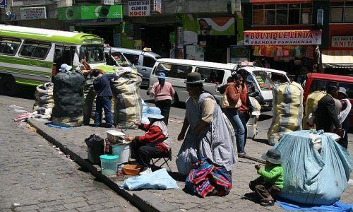 Zdjęcie PERU / La Paz / La Paz / Handel uliczny