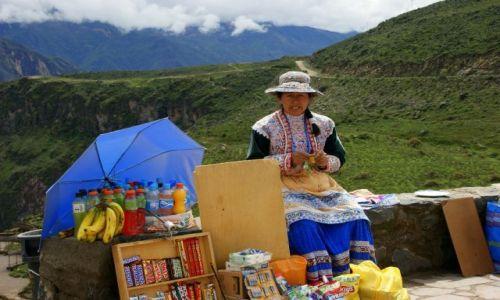 Zdjęcie PERU / Kanion  Kolca / Kanion  Kolca / Sklep