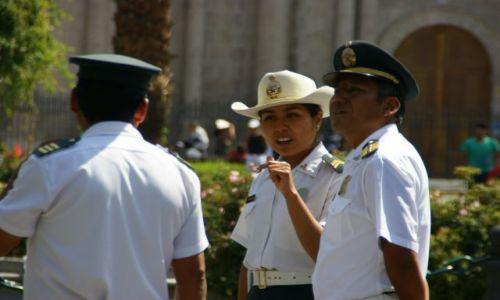 PERU / AREQUIPA / AREQUIPA / Polis