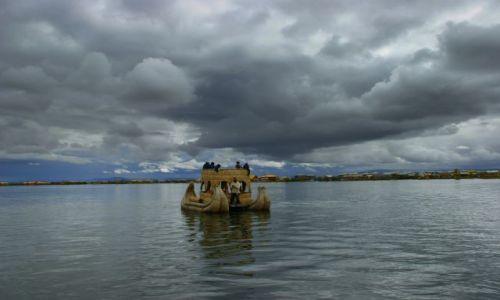 Zdjęcie PERU / Puno / Puno / Płynie