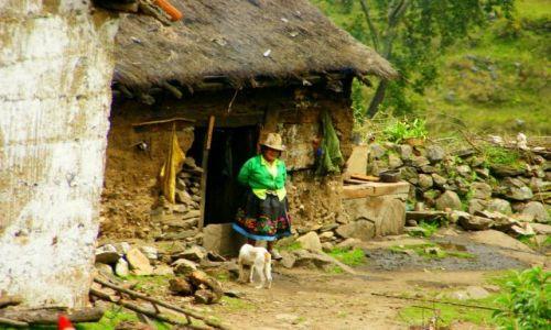 Zdjęcie PERU / Hurascaran / Hurascaran / Domek