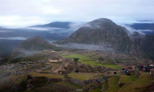 Zdjecie PERU / Andy / Machu Picchu / Machu Picchu w chmurach