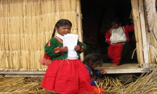 Zdjecie PERU / - / Jezioro Titicaca / Kobieta w Peru