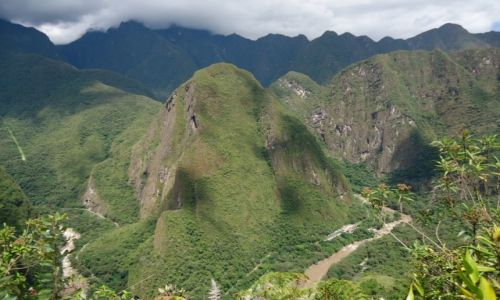 PERU / Cuzco / Machu Piccchu / Dolina Urubamby