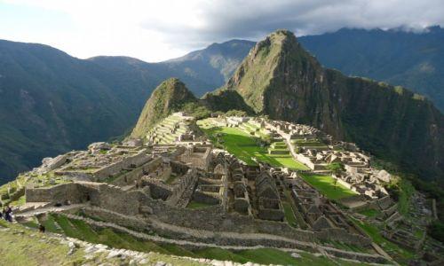 PERU / Cuzco / Machu Piccchu / Z powoli zachodzącym słońcem ....
