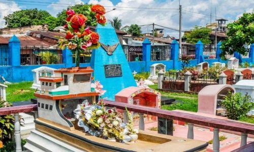 Zdjęcie PERU / Iquitos / Iquitos / cmentarz w iquitos