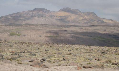PERU / Arequipa / Mirador de los Andes / Krajobraz z wulkanem