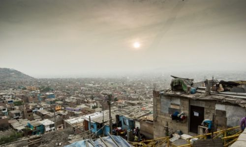 Zdjecie PERU / - / Peru / Slumsy w Limie