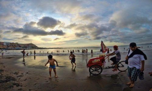 Zdjęcie PERU / Lima / lima / Na plazy