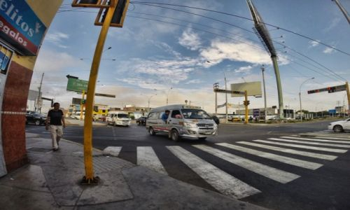 PERU / Lima / lima / El cobrador w akcji c.d.