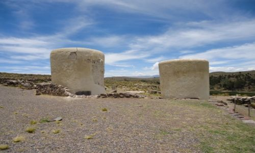 Zdjęcie PERU / Puno / Sillustani / Chullpas Yuraq Ayawasi