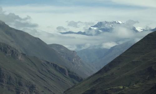 Zdjęcie PERU / Andy / Andy / Wynurzają się z chmur