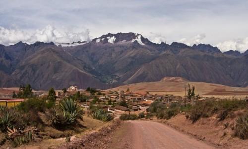 Zdjecie PERU / Święta Dolina Inków / okolice Maras / W drodze z Mara