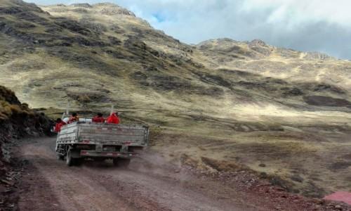 Zdjecie PERU / Cusco  / Patacancha / Transport lokalny w Peru