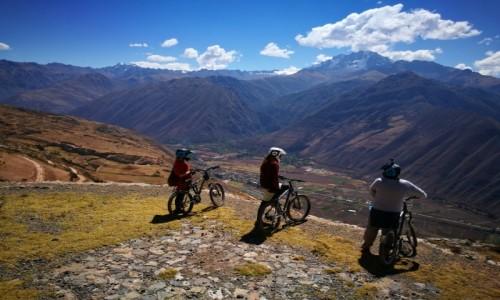 Zdjecie PERU / Cusco  / Święta dolina Inków  / Po Andach na rowerze