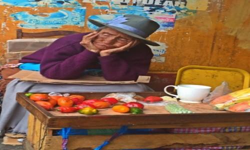 Zdjecie PERU / Huaraz / Huaraz / Ciezkie Zycie