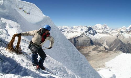 PERU / brak / Cordillera Blanca / Ike rzuca linę po której będziemy schodzić