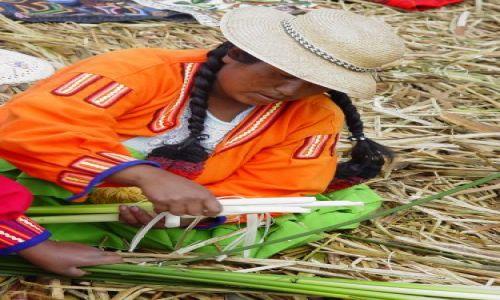 Zdjecie PERU / jezioro Titikaka / wyspa trzcinowa Uros / przękąska