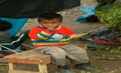 Zdjęcie PERU / Andy, Kordyliera Wschodnia / Oxapampa / Dzieciak
