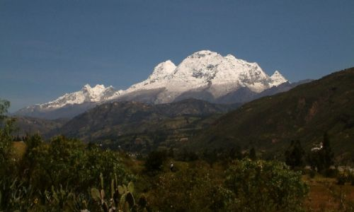 Zdjecie PERU / Andy, Kordyliera Biała / Okolice Huaraz / Huascaran w pełnej krasie
