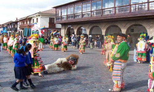 PERU / południe Peru / Cuzco / Fiesta