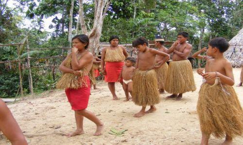 Zdjecie PERU / Okolice Iquitos / Padre  Cocha / Wioska Indian