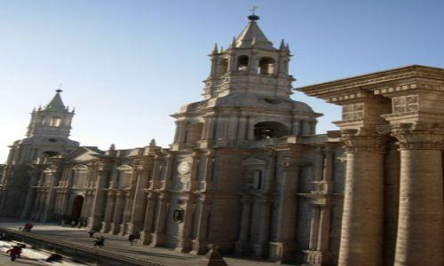 Zdjecie PERU / brak / Arequipia / Arequipia - katedra na Plaza de Armas
