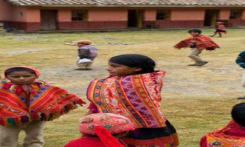Zdjecie PERU / Cusco / Willoq / Dzieci w szkole we wiosce Willoq