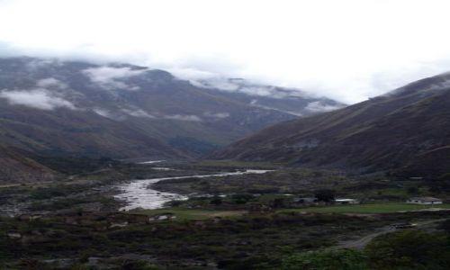 Zdjecie PERU / brak / Okolice wioski Santa Maria / Widok na Urumbabe i gory