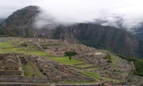 PERU / brak / Machu Picchiu / Widok na ruiny Machu Picchu i szczyt Wayna Picchu