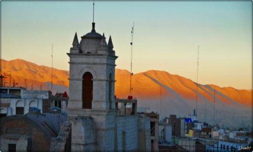 Zdjęcie PERU / Arequipa / Arequipa / Wschód słońca w Arequipa