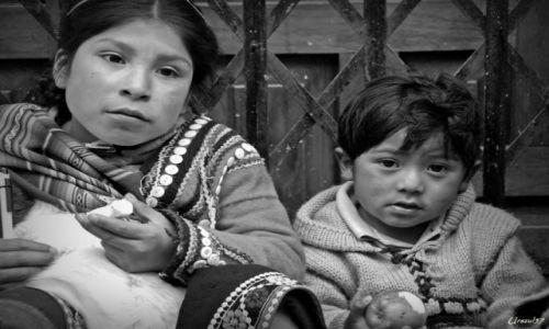 Zdjecie PERU / Cusco / Cusco / Rodzeństwo