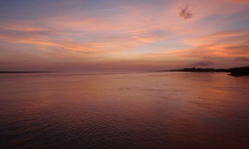 Zdjecie PERU / rejs:Iquitos-Leticia / Iquitos-Leticia / poranek na Amazonce