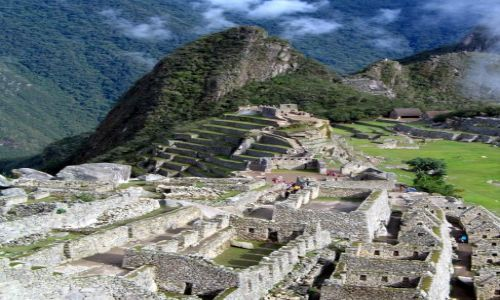 Zdjęcie PERU / Andy / Kordyliery / Machu Picchu - na drugim planie Huayna Picchu