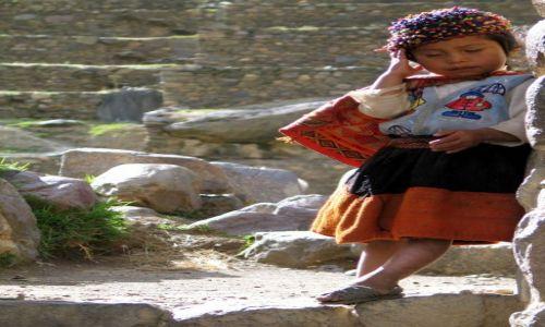 Zdjęcie PERU / Ollantantaybo / okolice Cusco / Duże problemy, małych ludzi :)