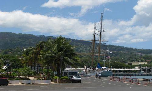 Zdjęcie POLINEZJA FRANCUSKA / Tahiti / Papeete / Port yachtowy