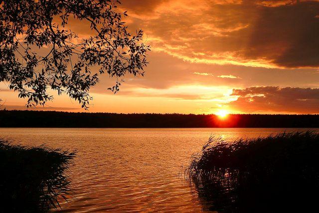 Zdjęcia: Jezioro Ostrowiec, Zachodniopomorskie, Przed zachodem słońca, POLSKA
