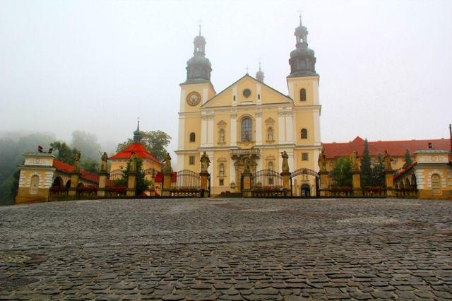Zdj�cia: KALWARIA ZEBRZYDOWSKA, Sanktuarium, POLSKA