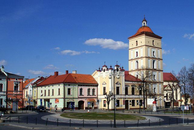 Zdjęcia: Leżajsk, Podkarpacie,  Ratusz i wieża obronna, POLSKA