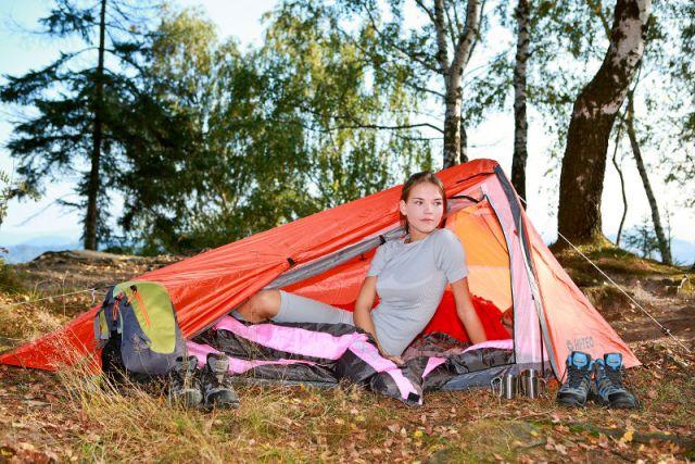 Zdjęcia: --, --, Wakacje pod namiotem - sposób na niedrogi urlop (artykuł sponsorowany), POLSKA