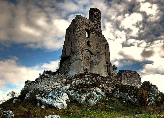 Zdjęcia: Mirów, Jura Krakowsko-Częstochowska, zamek w Mirowie, POLSKA