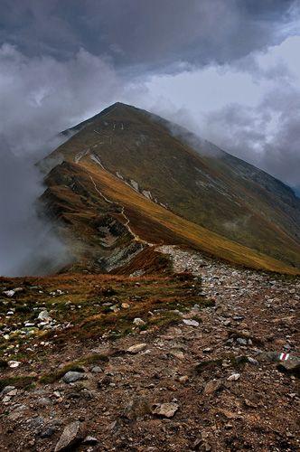 Zdjęcia: na szlaku, Tatry, Starobociański w chmurach :), POLSKA
