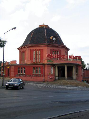 Zdjęcia: Wałbrzych, Dworzec, POLSKA
